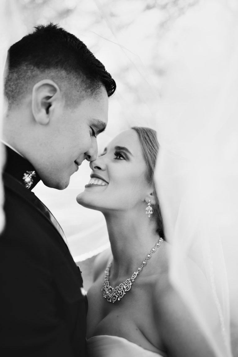 veil shot bride and groom pensacola florida