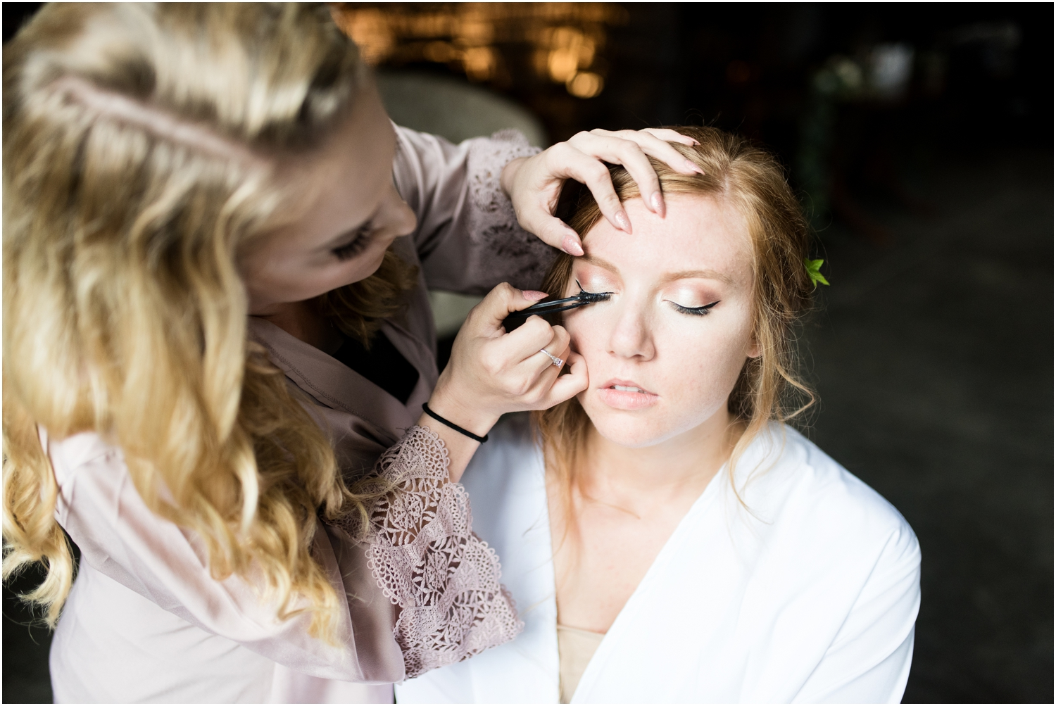 Live Oak Plantation Pensacola Florida Wedding Photographer getting ready