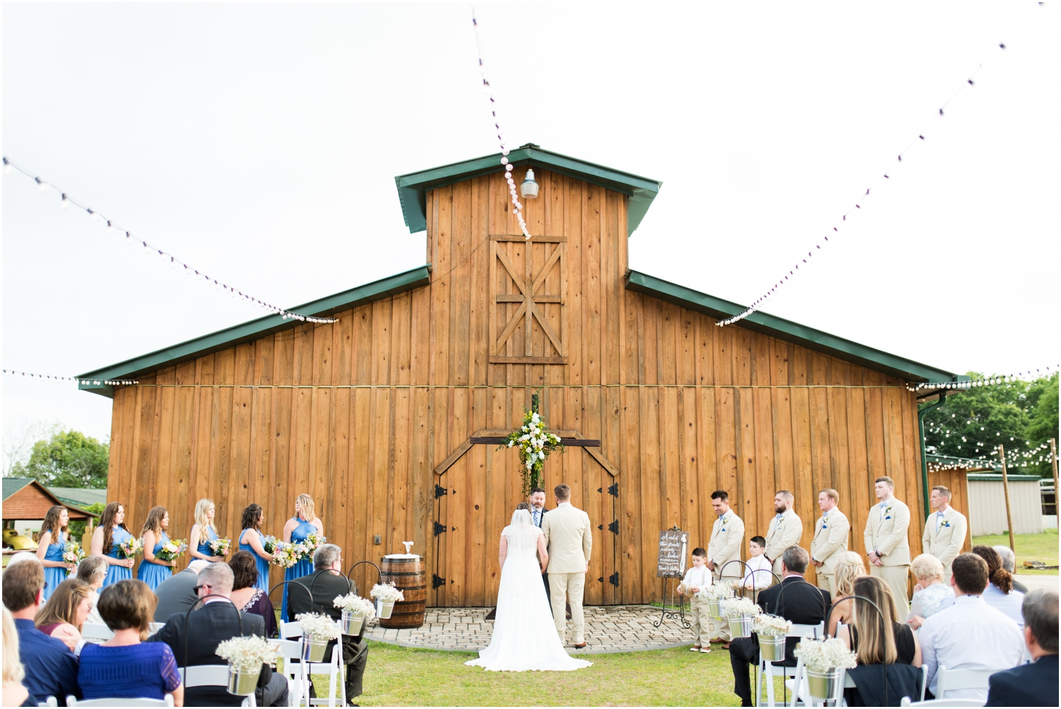Sowell Farms Milton Florida Rustic Woodsy Barn Wedding Photographer ceremony