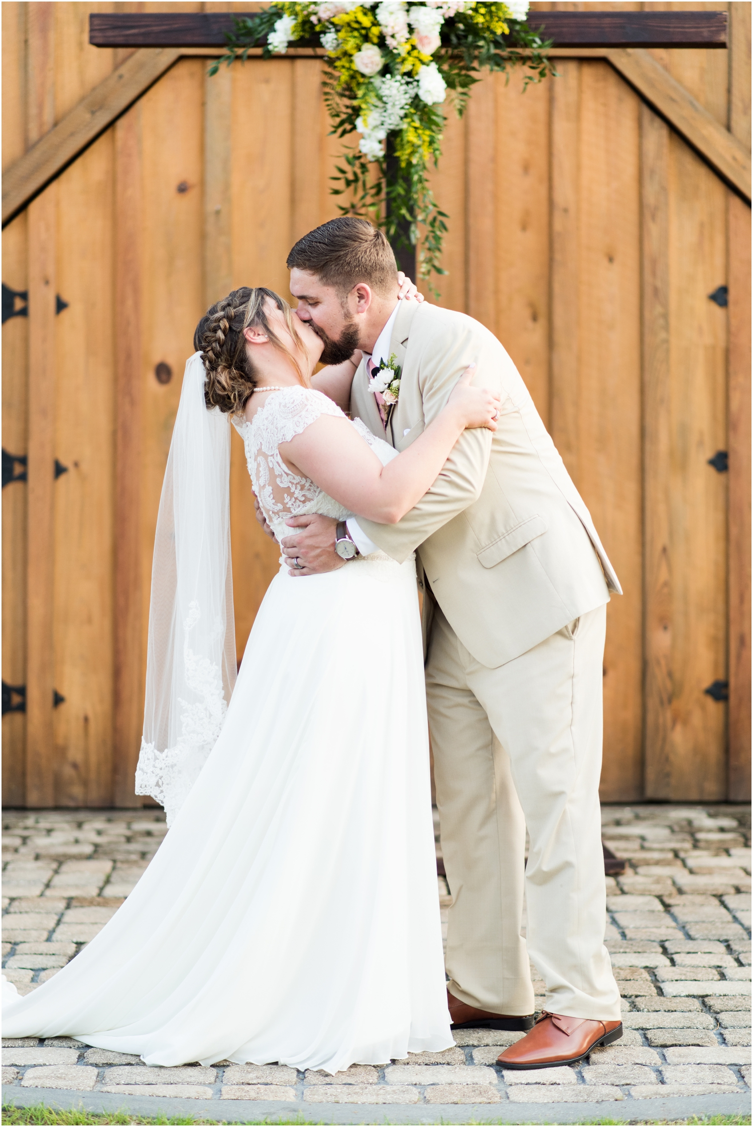 Sowell Farms Milton Florida Rustic Woodsy Barn Wedding Photographer ceremony
