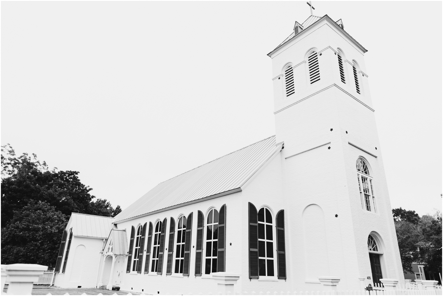 Old Christ Church Palafox Wharf Rainy Day Wedding